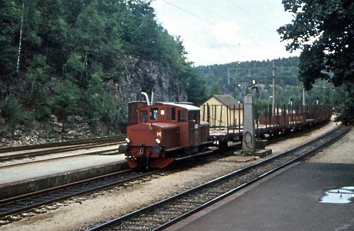 https://pix.njk.no/109/109682-Traktorer-Skd214-Grovane-kipptog-214-1970_700.jpg