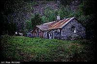 https://pix.njk.no/113//s113738-f8106-413-010797-Vokterbolig-i-skogen-KappHorn.jpg