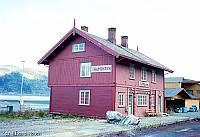 http://pix.njk.no/113//s113478-f4601-171-thamshavn2.jpg