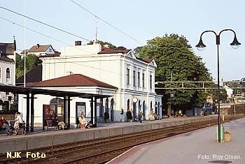 http://pix.njk.no/113/t113814-f2321-373-Larvik-02sd.jpg