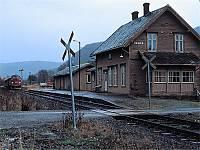 https://pix.njk.no/114//s114982-f4312-1741-KjellHegnaHegraOkt1989.jpg