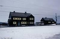 http://pix.njk.no/114//s114655-f4703-1360-290398-Hjerkinn-fasade.jpg