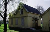 http://pix.njk.no/115//s115003-f1322-1762-030504-Stmesterbolig-Lisleby.jpg