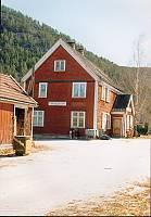 http://pix.njk.no/116//s116414-f2712-3591-Tinnegrend_stasjon.jpg