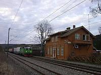 http://pix.njk.no/116//s116578-f1215-3748-Aabogen-tog-300407-4667.jpg