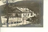 https://pix.njk.no/118//s118030-f8102-2640-Narvik-postkort-baksiden.jpg