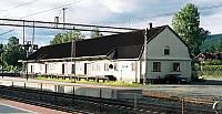 https://pix.njk.no/118//s118085-f2801-3800-Kongsbergstasjongodshus.jpg