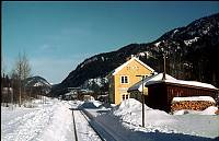 http://pix.njk.no/130//s130845-09-1974-2-19-Norefjord.jpg