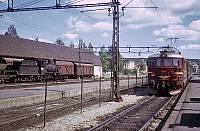 https://pix.njk.no/171//s171870-Kongsberg-252-2112-tog-507-1967-07-12.jpg