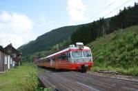 http://pix.njk.no/176/s176037-ERTMStesttog69002og69620passererSelst.11.08.2014kt.jpg
