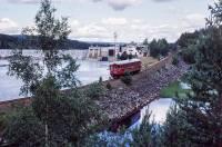 https://pix.njk.no/193//s193012-Arendalsbanen-Flatefoss--1985_1280.jpg