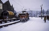 https://pix.njk.no/195/s195032-Randsfjordbanen-Hoenefoss-El8-1971-11-06_2560.jpg