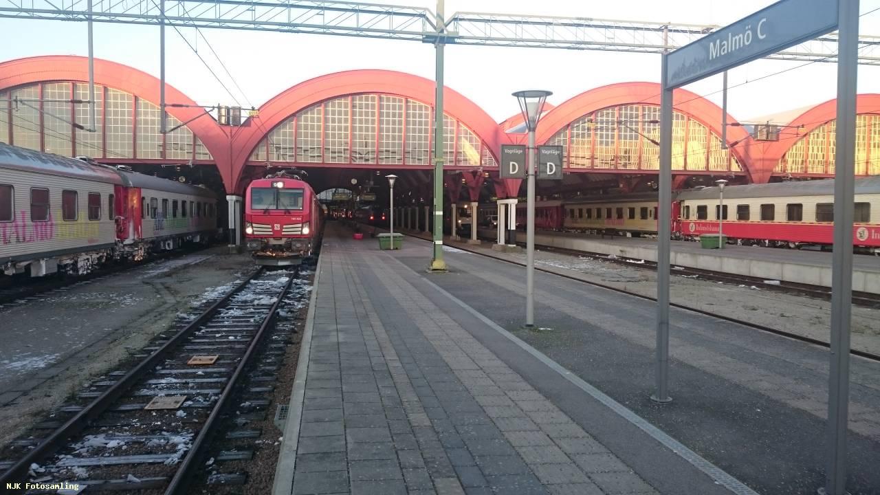 tåg malmö stockholm tid