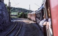 http://pix.njk.no/197//s197753-OEstfoldbanen-Onsoey-1976_1280u.jpg