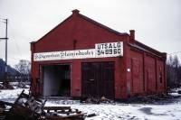 https://pix.njk.no/201//s201791-Drammenbanen-Sandvika-lokstall-1989_2560.jpg