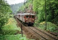 https://pix.njk.no/201/s201460-Drammenbanen-Liera778sen-68-23-1973-05-27_1280.jpg