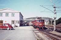 https://pix.njk.no/36/s36465-Egersund_-_tog_702_-_1969_700.jpg